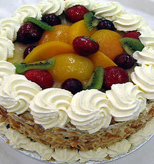 1 KG Cake with Fruits