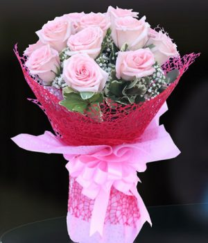 A Dozen Pink Roses Bouquet